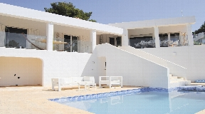 luxury beachfront villas ibiza
